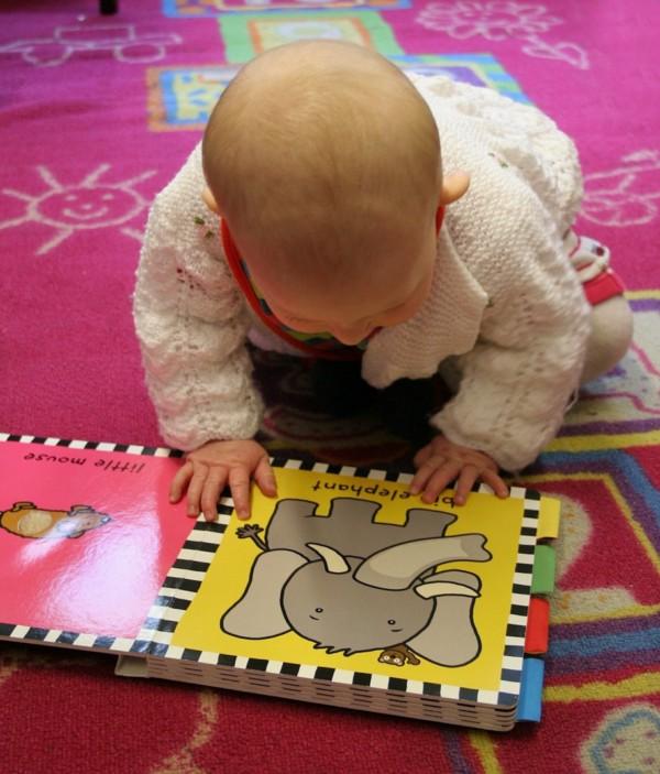 Без сомнений, погружение ребенка в достаточно раннем возрасте (от 0 до 7 лет) в двуязычную атмосферу